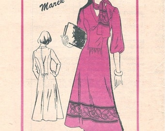 Boho Uncut Vintage 1970s Prominent Designer A801 Marek Seam Interest V Neck Fit and Flare Dress and Scarf Sewing Pattern B34
