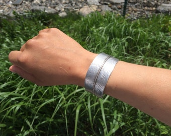 Feather Cuff/Open Bangle Bracelet - Adjustable Leaf/Feather Cast From Nerium Oleander in Barcelona, Spain