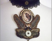 Ghost whisperer - Steampunk choker necklace with raven cameo, bead embroidered