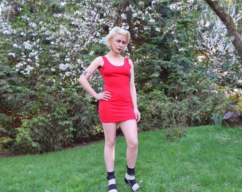 VNTG red bodycon mini dress 80s 90s