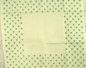 Ivory, Heart Border Print, 14 count Aida, 1980s Vintage, Cross Stitch Cloth, Cotton Fabric, Green Hearts, 15 x 15