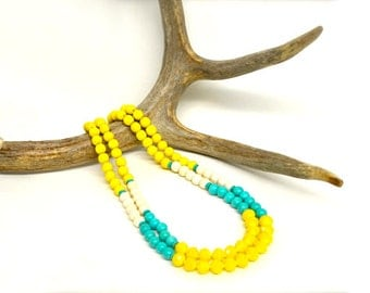 yellow necklace / yellow and turquoise necklace / spring jewelry / turquoise and yellow / colourful necklace / beaded necklace