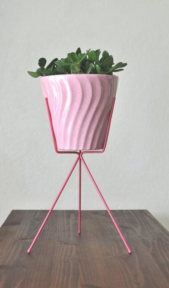 retro pink bauer planter stand mid century pink speckled. Black Bedroom Furniture Sets. Home Design Ideas