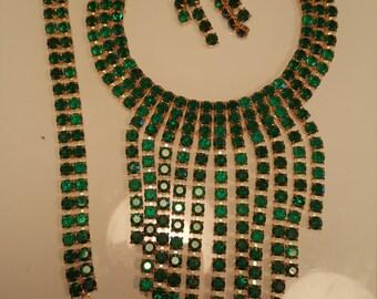 FREE  SHIPPING    Large Rhinestone Bib Necklace Set