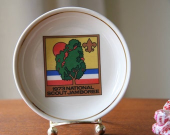 GROWING TOGETHER: Vintage 1973 National Boy Scout Jamoree Commemorative Miniature Plate / Coaster / Service Dish // White Ceramic, Gold Gild