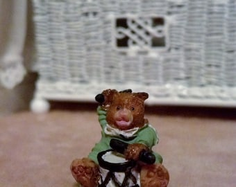 "Tiny ceramic bear 11/16""   15662"