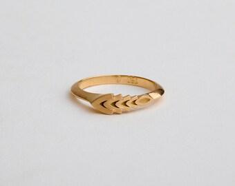 Wheat Ring, Dainty Geometric Wedding Ring 18k Yellow Rose Gold, Unique Wedding Band, Asymmetrical Ring Minimal Ring, Berman Jewellers