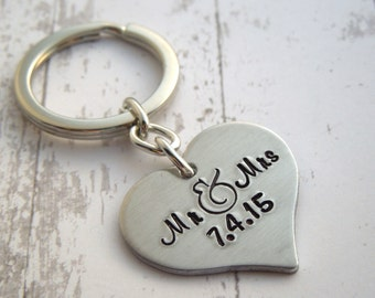 Mr. & Mrs personalized keychain, wedding gift, personalized, anniversary gift