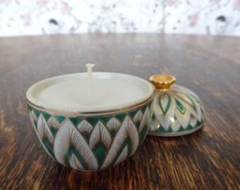Retro Porcelain Pot Cadle