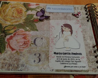 Book first communion. The photographs are just an example, because the book will be made to taste of the buyer