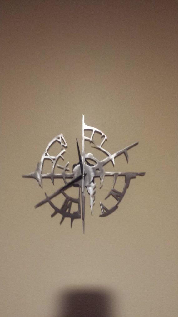 Distressed metal Clock Metal Sign Powder Coated or Raw Steel