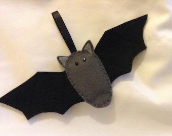 Hanging Halloween Bat in Felt