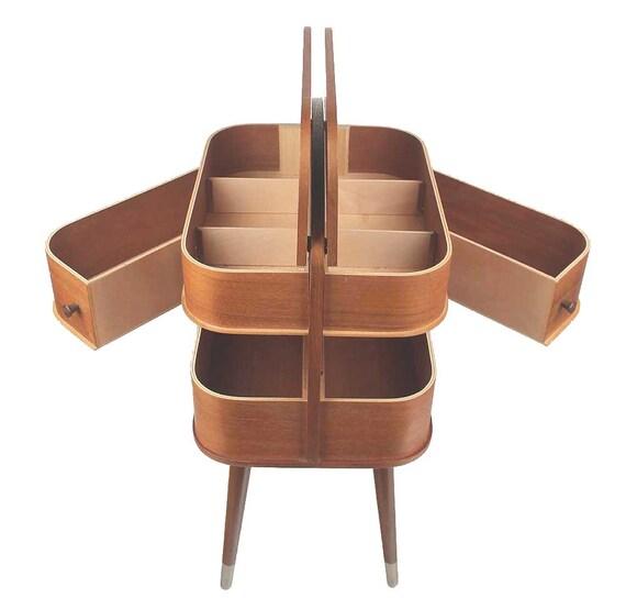 bo te de couture des ann es 1950 de table 60 s 70 s mi si cle. Black Bedroom Furniture Sets. Home Design Ideas