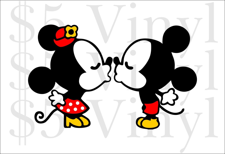 Kissing Mickey Minnie ...
