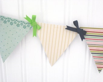 Down the Cape Mini Paper Pennant Banner / Beach / Coastal / Party / Birthday / Barbeque / Preppy Decor / Dorm Decor / Bunting / Garland
