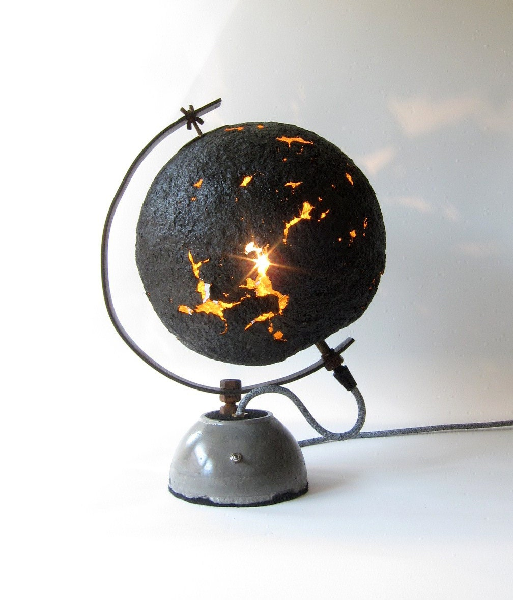 Globe eggshell table lamp paper mache iron support and for How to make paper mache lamps