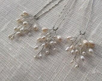 Set of lvory freshwater pearl hair pins, Bridal Hair Pins, Bridesmaid Hair Pins, wedding hair pins, set if pins, wedding pins, pearl pins