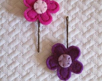 Set of Two Felt Hair clips with Flowers-Flower pins-Handmade creations-Flower Hair Pins-Felt flower-Spring accessories