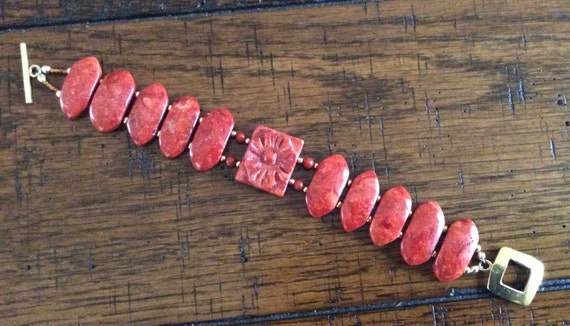 BRACELET - Coral and Gold Filled Beads