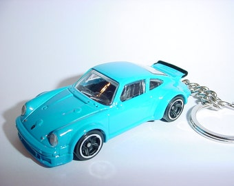 3D Porsche 934 turbo RSR custom keychain keyring key chain by Thornton Gifts finished in blue color trim