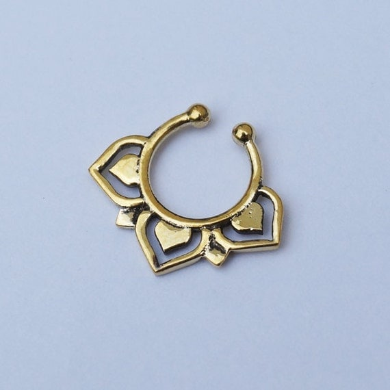 Fake/Faux/Clip On brass Septum Ring. brass septum ring. faux septum jewelry. septum piercing. fake septum. septum jewelry. faux septum.