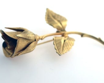 Vintage Giovanni Gold Tone Rose Pin/ Brooch