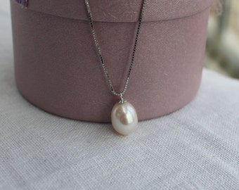 drop pearl pendant necklace,9-9.5mm freshwater pearl drop pendant,ivory white tear drop pearl pendant,sterling silver pearl pendant necklace