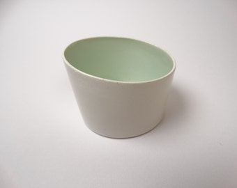 Asymmetrical dish