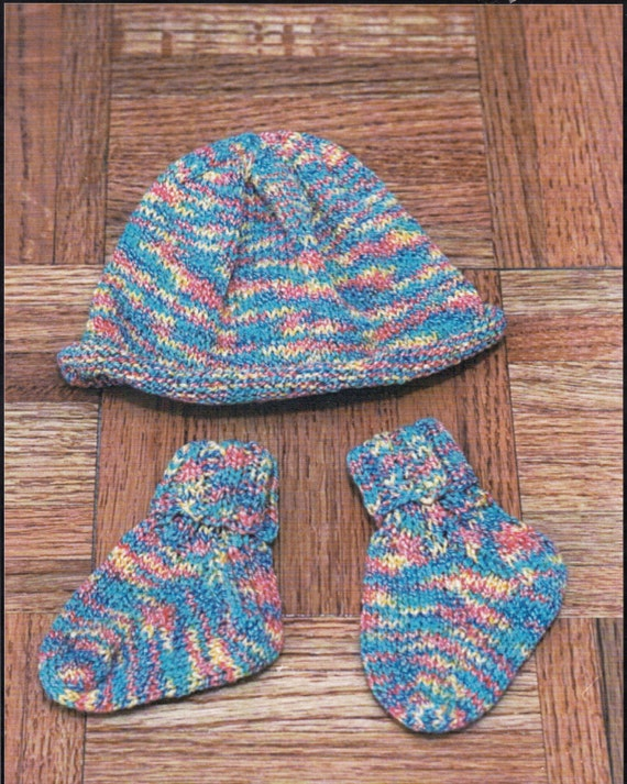 Knitting Patterns For Hats Using Sock Yarn : Knitted Baby Socks & Hat Knitting Pattern Sockotta by