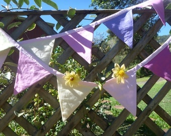 Pretty pastel bunting, made from pure linen, 3metres long.