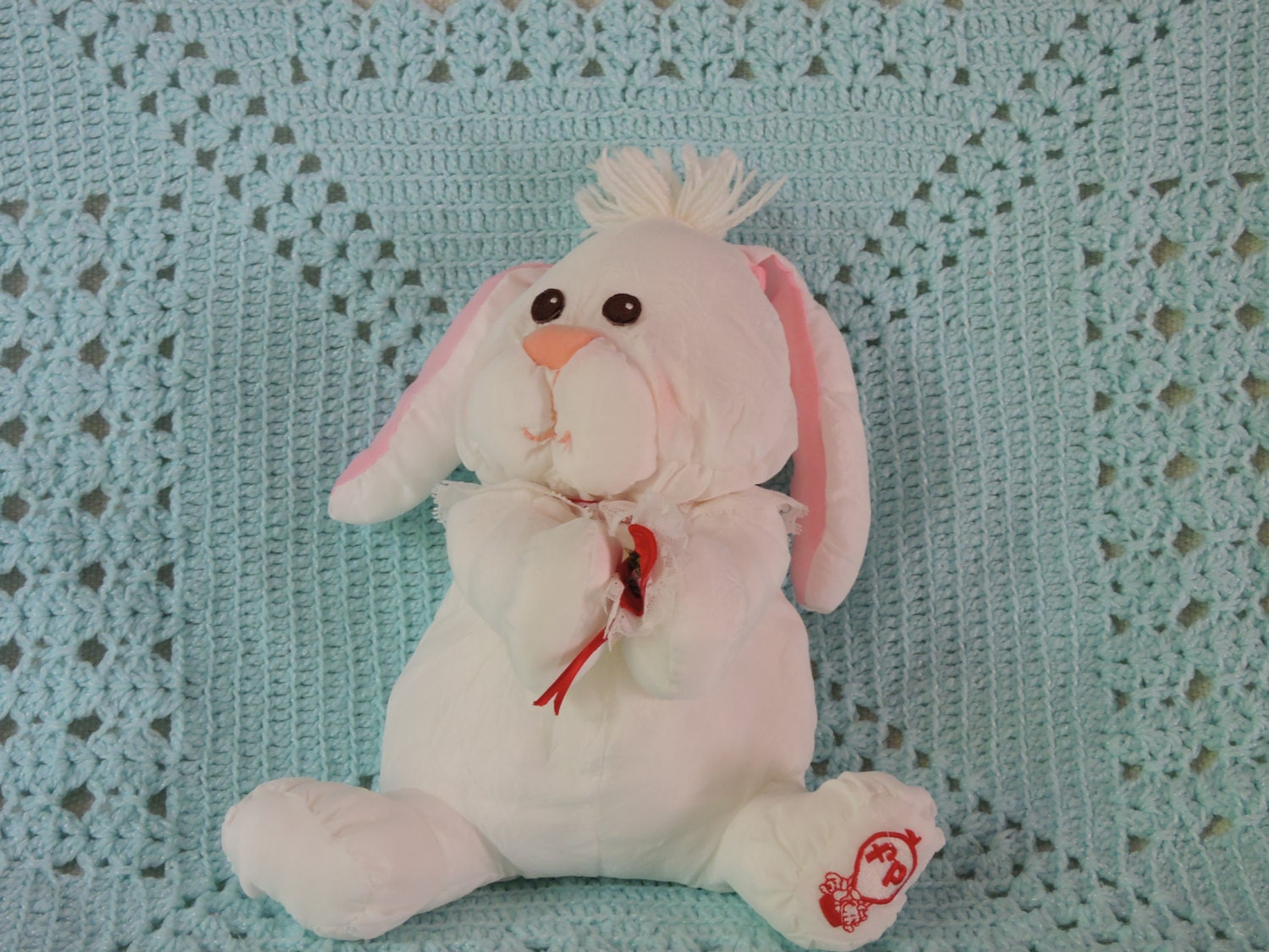 Squishy Lump On Bunny : Fisher Price 1986 Puff-A-Lump Bunny Soft and Clean