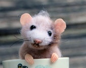 Needle felt realistic mouse, felted mouse, Waldorf animal, felted toy, felt animal, eco-friendly, collectable miniatur