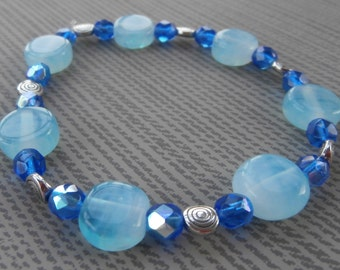 blue/aqua glass bracelet
