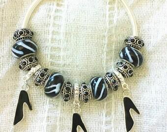 High Heels Charm Black Lampwork Glass Rhinestone Beads Silver Plated Bangle 7.5 Inches