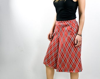 Elastic zip culotte with pockets, in red check