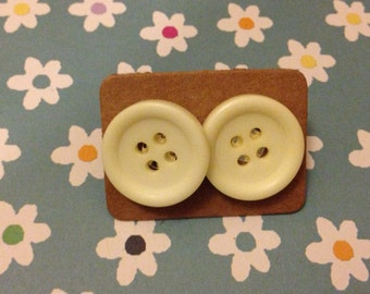 Upcycled Vintage Button Earrings