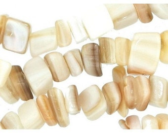 Wire chips beads white shell - 90cm wire