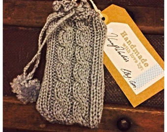 Mobile phone cozy - made to order 3-4 weeks