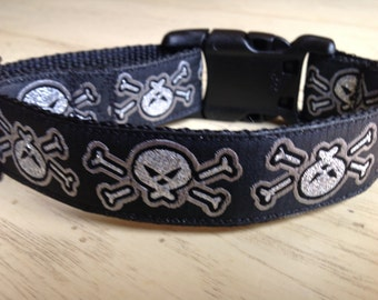 One Inch Wide 10-13  Adjustable Skulls Jacquard Ribbon Dog Collar