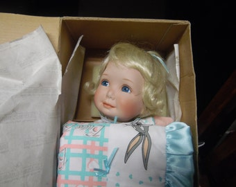 Ashton Drake Some Bunny loves you doll