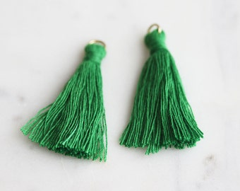 T9-000-GG] Grass Green / 36mm / Cotton Tassel / 2 piece(s)