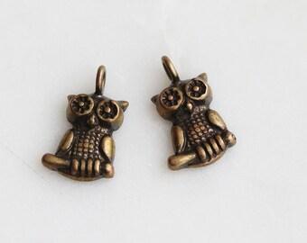 P0-644-AB] Owl / 9 x 15mm / Antique Brass plated / Pendant / 4 piece(s)
