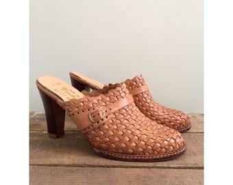 Vintage 1970s Carmel Woven Heels / Size 7