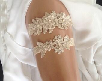 wedding garter set, champagne bridal garter set, champagne lace, rhinestone, gold