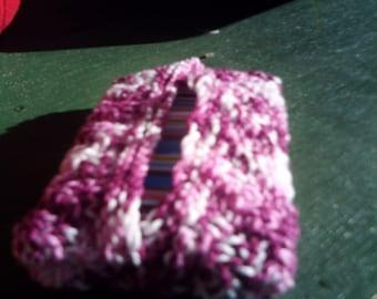 handknitted pocket tissue cover