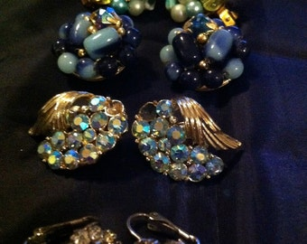 vintage Blue earings