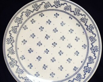 Vintage Laura Ashley Blue Petite Fleur - Johnson Bros England .-Dinner Plates 9 3/4""