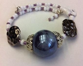 White Lavender memory wire, Wire Wrap Bracelet, Stackable Bracelet, Handmade Jewelry, Purple White Silver Bracelet, White Bead Bracelet