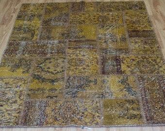 Vintage Patchwork rug 4.13 x 5.77 ft (126 cm x 176 cm)