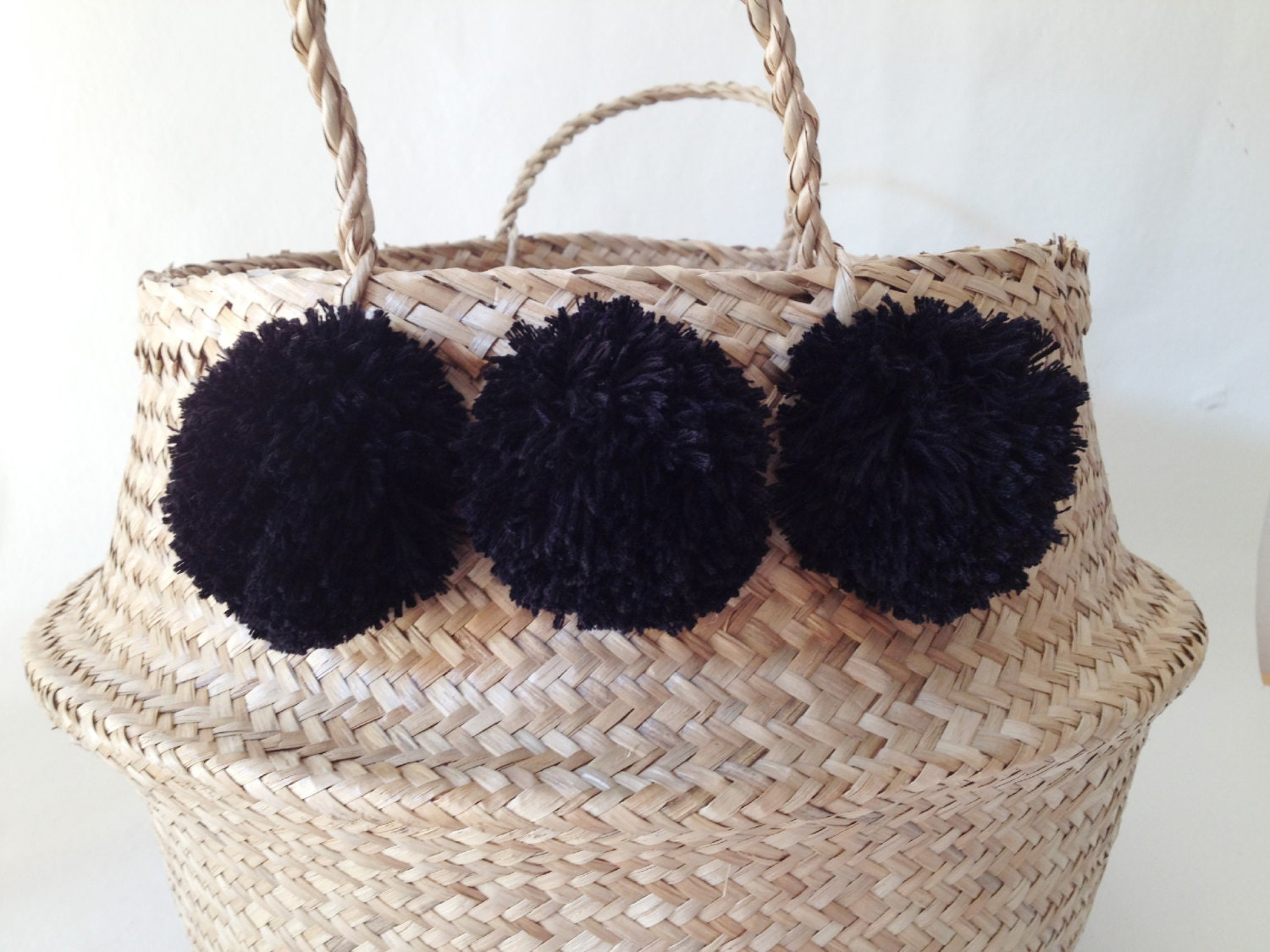 pom pom seagrass belly basket black panier boule storage. Black Bedroom Furniture Sets. Home Design Ideas